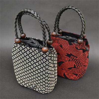画像1: [印傳調]編み手巾着バッグ(※柄はおまかせになります。 (1)