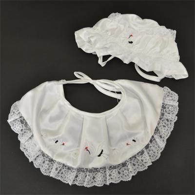 画像1: [お宮参り]2点セット(ぼうし・よだれかけ)白【鶴刺繍入】 (1)