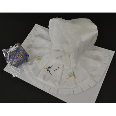 画像1: [お宮参り]3点セット(ぼうし・よだれかけ・おまもり)白【鶴と松刺繍入】 (1)