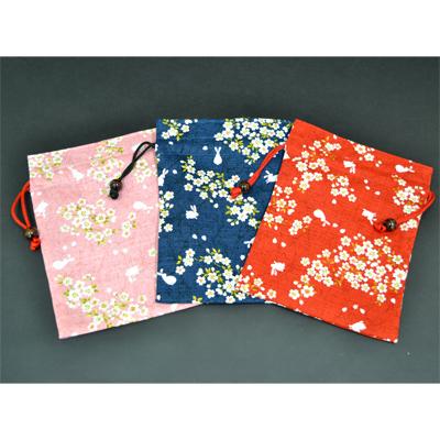 画像1: 【巾着】  桜うさぎ 平巾着 (1)