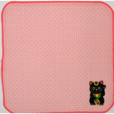画像1: [ハンカチ]日本の縁起招き タオルはんかち 招き猫ピンク (1)