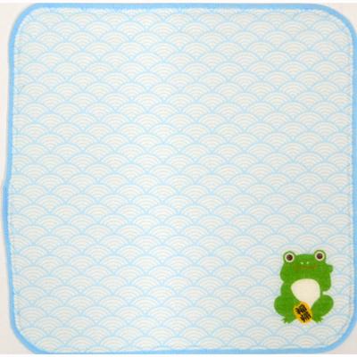 画像1: [ハンカチ]日本の縁起招き タオルはんかち かえる水色 (1)