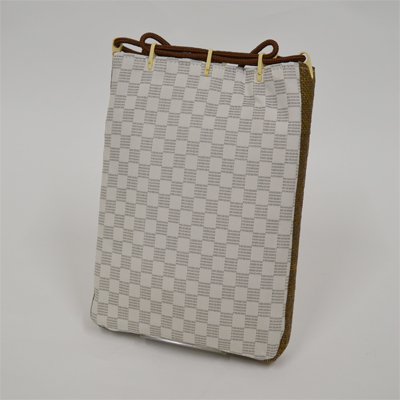 画像1: 【信玄袋】 正絹信玄袋・マチ付 御召市松柄 白 (1)