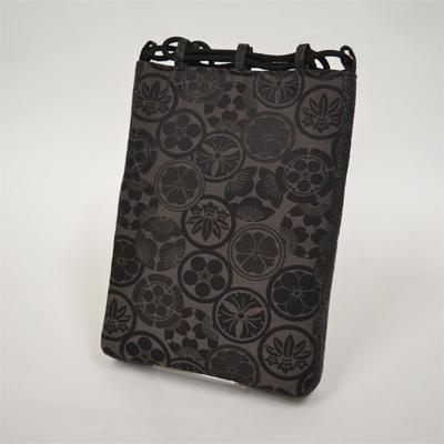 画像1: 【信玄袋】 信玄袋・マチ付 家紋柄 黒 (1)