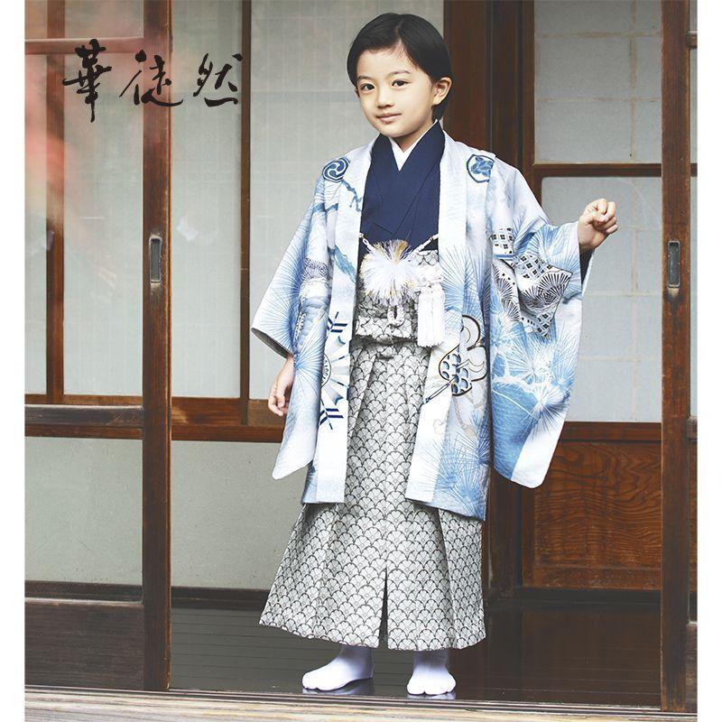 画像1: 【2021年 華徒然】 「5歳男児絵羽アンサンブル袴セット」  着物 男児 5歳 セット ブランド 人気 伝統 オシャレ  (1)